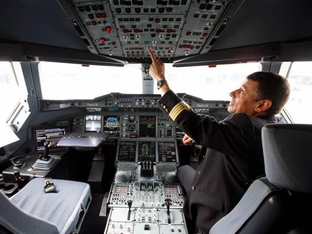 Phi công khuyến cáo về những điều hành khách nên lưu ý khi bay ảnh 4