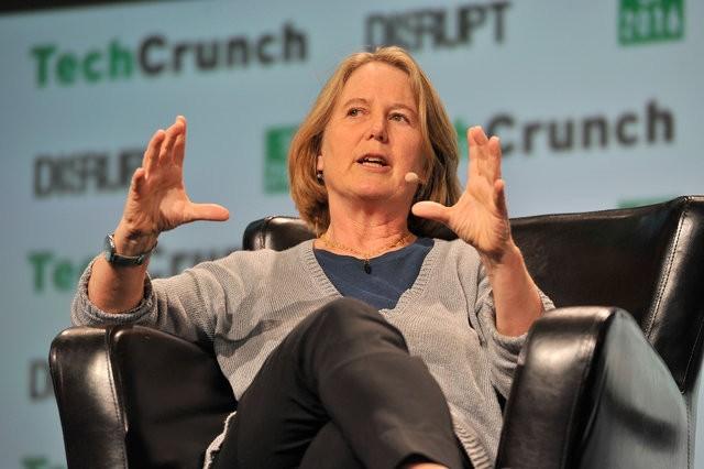 """Tân giám đốc phụ trách trí tuệ nhân tạo của Google Cloud: """"Chúng ta sẽ theo dõi gần như toàn bộ thế giới bằng các drone"""" ảnh 1"""