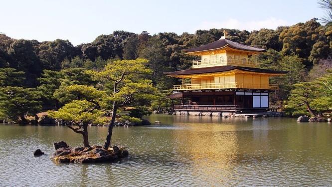 Đền Kinkaku-ji (Ảnh: japan-guide.com)