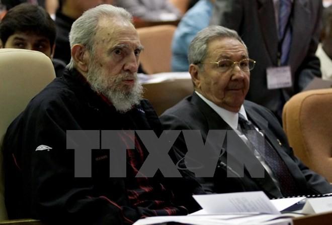 AP: Mỹ nhiều lần lên kế hoạch ám sát Fidel Castro trong 50 năm ảnh 1