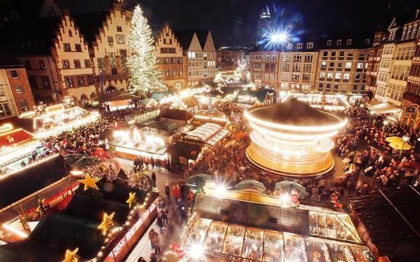 Rộn ràng không khí Giáng Sinh trên khắp thế giới ảnh 12