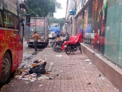 Cảnh hoang tàn của tòa nhà trị giá 55 triệu USD Thuận Kiều Plaza ảnh 12