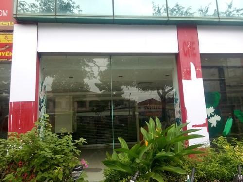 Cảnh hoang tàn của tòa nhà trị giá 55 triệu USD Thuận Kiều Plaza ảnh 5