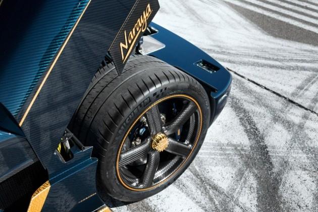 Trang bị trên xe vẫn là khối động cơ V8, tăng áp kép, dung tích 5.0L cho công suất tối đa 1.160 mã lực, mô-men xoắn cực đại 1.280 Nm, tại vòng tua 4.100 vòng/phút.
