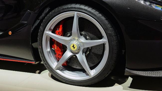 Ngắm siêu xe Ferrari LaFerrari Aperta giá 58,4 tỷ đồng cháy hàng ảnh 5