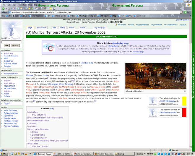 Giao diện không khác Wikipedia là mấy.