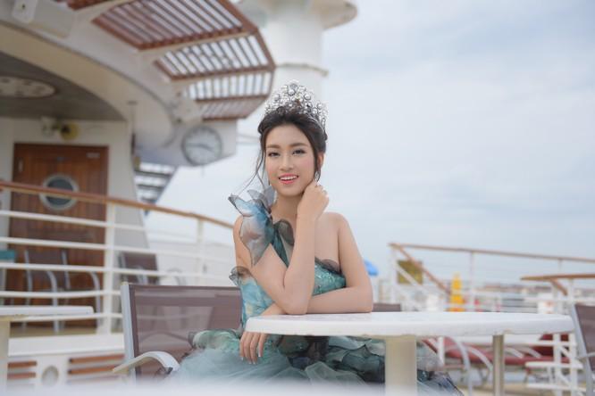 Hoa hậu Mỹ Linh lộng lẫy trong thiết kế đầm công chúa tại Đài Bắc ảnh 3