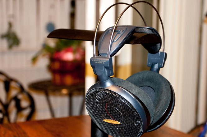 4 mẫu tai nghe tuyệt đỉnh cho fan của nhạc trữ tình ảnh 1