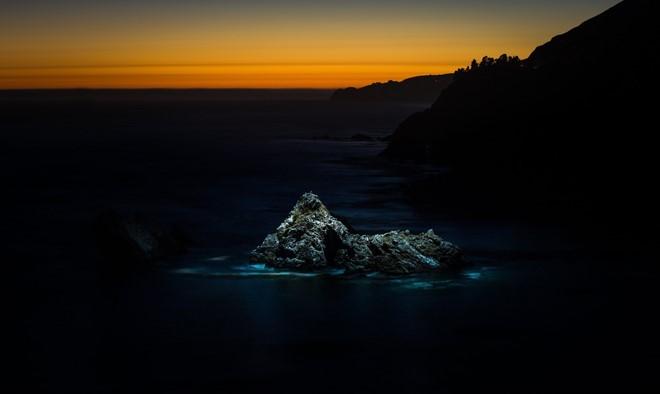 Bộ ảnh đêm tuyệt đẹp chụp bằng camera bay ảnh 1