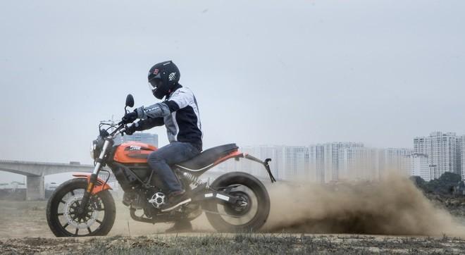 Ducati Scrambler Sixty2: Công tử đô thành ảnh 5