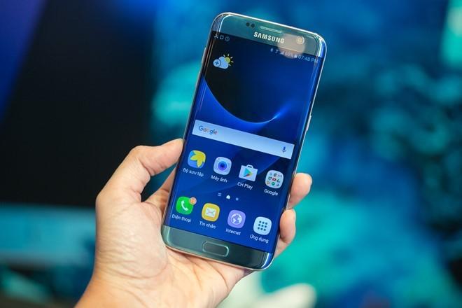 Galaxy S7 edge và iPhone 7 chuẩn bị đại chiến ở VN ảnh 1