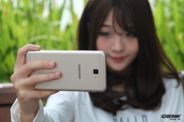 Điểm danh những smartphone chính hãng có hiệu năng/giá tốt nhất hiện nay ảnh 3