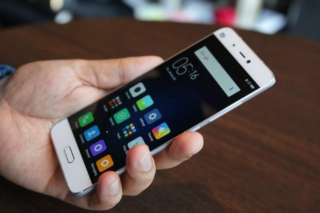 Điểm danh những smartphone chính hãng có hiệu năng/giá tốt nhất hiện nay ảnh 1