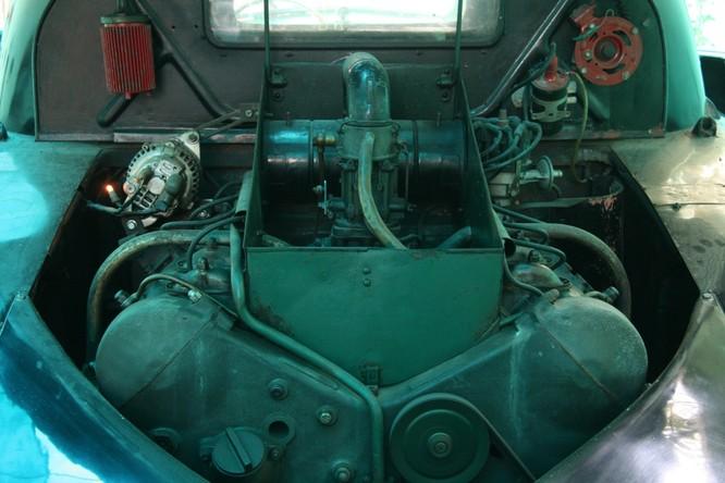 Ngắm Ôtô cổ Tatra ba đèn pha hàng độc tại TPHCM ảnh 5