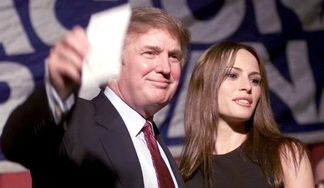 Những bóng hồng trong cuộc đời Tổng thống đắc cử Trump ảnh 7