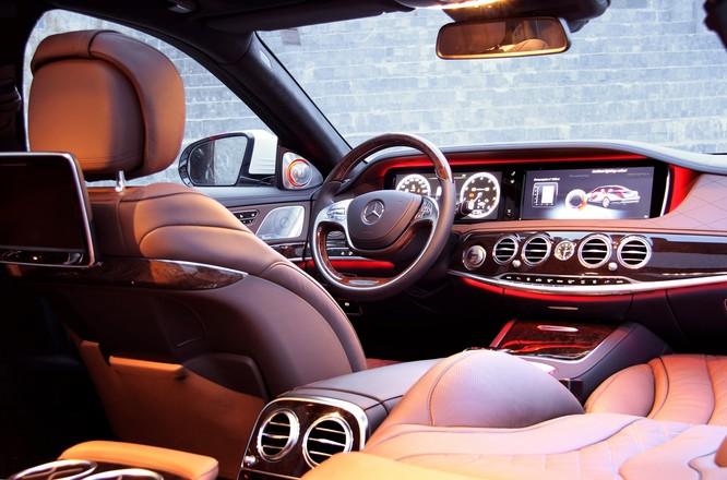 Khám phá đẳng cấp Mercedes S-Class phục vụ hệ thống Vinpearl ảnh 3