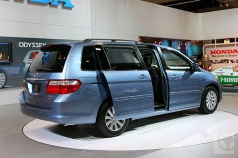 Mách bạn cách phân biệt các dòng xe Coupe, Crossover, Hatchback, SUV, Cabirolet... ảnh 10
