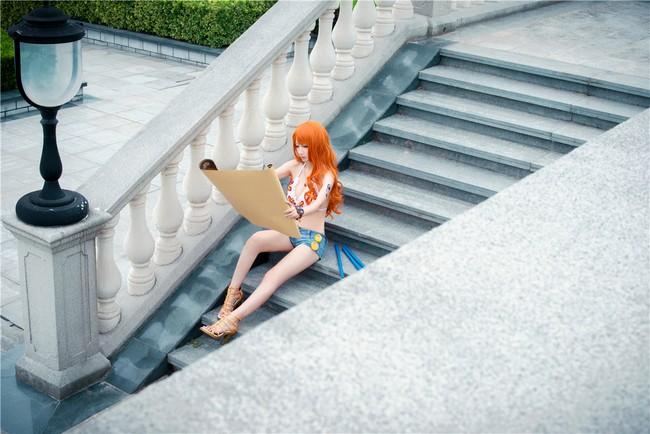 Cùng ngắm bộ ảnh cosplay tuyệt đẹp về cô nàng Nami trong One Piece ảnh 6