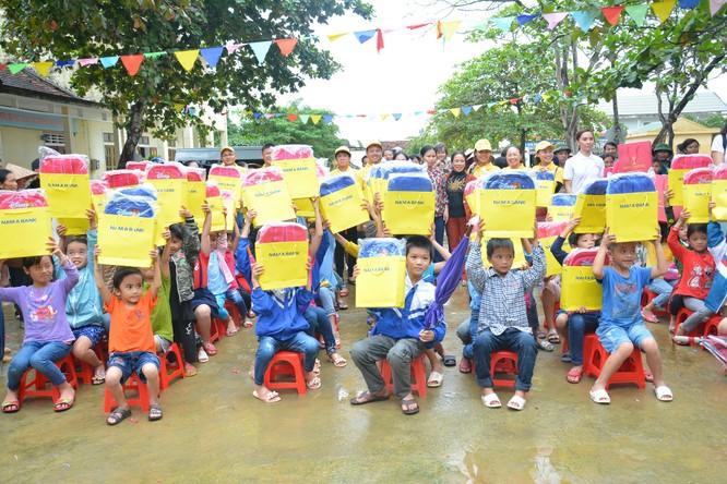 Nan A Bank ủng hộ 200 triệu cho đồng bào miền Trung ảnh 1
