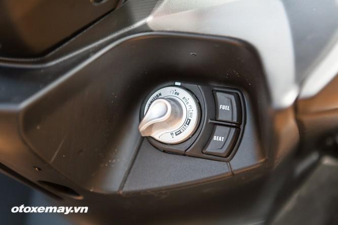 """Chi tiết """"Siêu xe tay ga thể thao"""" Yamaha NVX ảnh 14"""