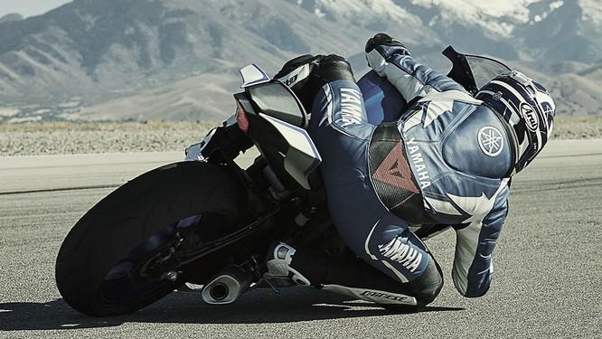 Chi tiết mô tô Yamaha YZF-R6 thế hệ 2017 với thiết kế lột xác ảnh 3