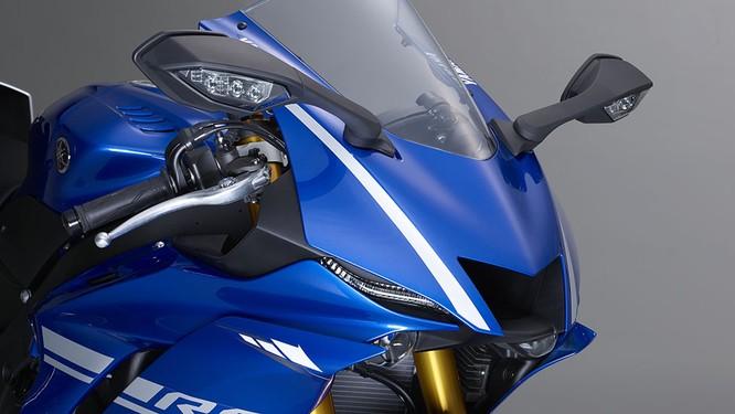 Chi tiết mô tô Yamaha YZF-R6 thế hệ 2017 với thiết kế lột xác ảnh 4