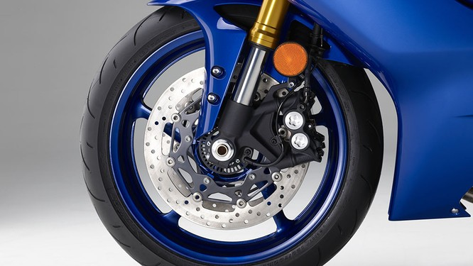 Chi tiết mô tô Yamaha YZF-R6 thế hệ 2017 với thiết kế lột xác ảnh 6