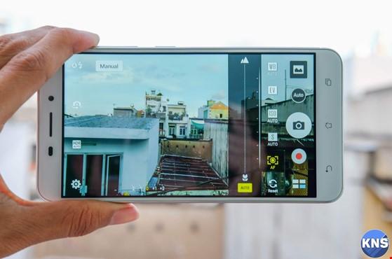 Trên tay chiếc smartphone lấy nét siêu nhanh ảnh 9