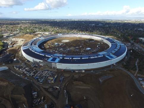 Toàn cảnh trụ sở 'phi thuyền' của Apple - ảnh 6