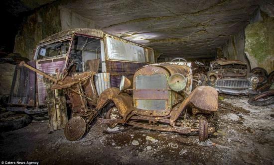 """""""Kho báu"""" xe cổ bị lãng quên 7 thập kỷ ảnh 7"""