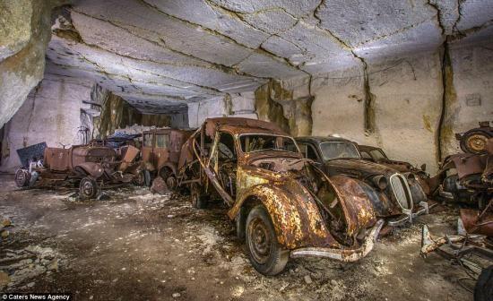 """""""Kho báu"""" xe cổ bị lãng quên 7 thập kỷ ảnh 8"""
