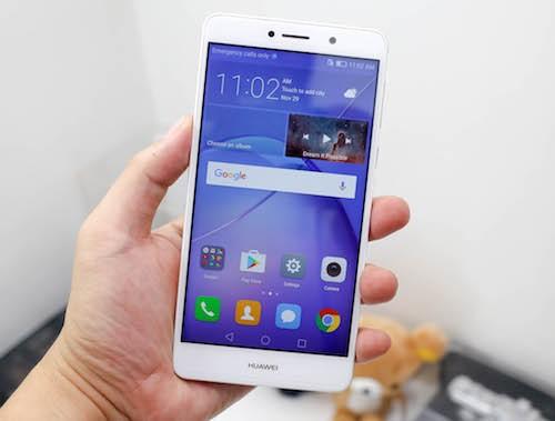 6 smartphone đáng chú ý bán ra trong tháng 12 ảnh 4