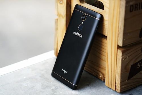 6 smartphone đáng chú ý bán ra trong tháng 12 ảnh 5