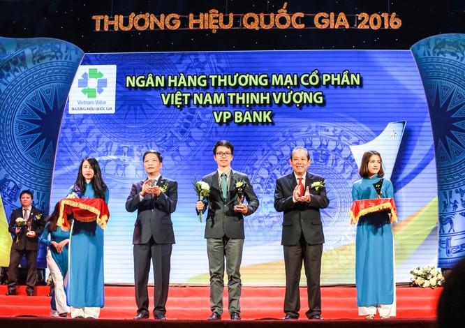 VPBank đạt 10 giải thưởng và chứng nhận trong năm 2016 ảnh 1