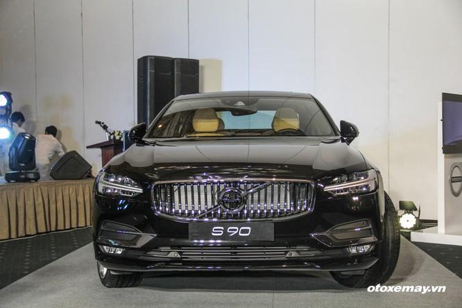 Volvo chính thức ra mắt S90 và XC90 tại Việt Nam ảnh 2