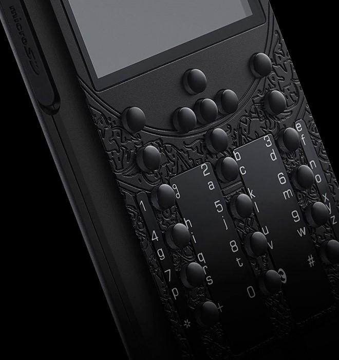 Điện thoại siêu sang cho người yêu nước Nga giá 70 triệu ảnh 6