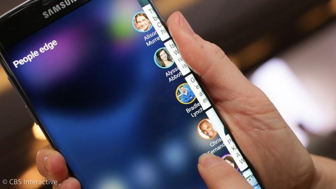 """Mong thoát bóng đen Note 7, Galaxy S8 phải """"tốt từ trong ra ngoài"""" ảnh 1"""