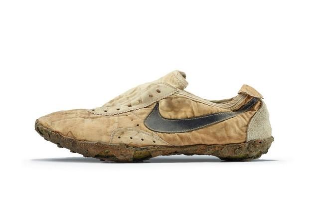 Đôi giày đầu tiên của Nike đang được bán đấu giá lên tới 188 triệu đồng trên Ebay ảnh 1