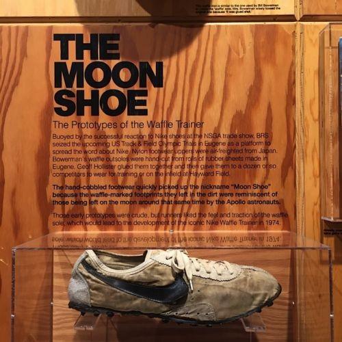 Đôi giày đầu tiên của Nike đang được bán đấu giá lên tới 188 triệu đồng trên Ebay ảnh 4