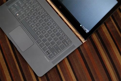 Những laptop đắt nhất Việt Nam năm 2016 ảnh 4