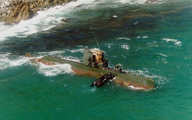 """Truy vết tàu ngầm phóng tên lửa đạn đạo mà Triều Tiên vừa """"khoe"""" ảnh 2"""