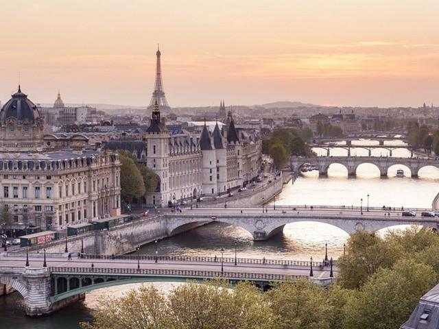 10 thành phố xinh đẹp nhất thế giới ảnh 6