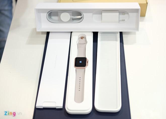 Apple Watch chính hãng vừa bán ở VN, giá từ 11,6 triệu ảnh 3