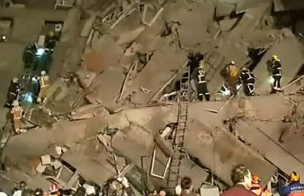 Video Đài Loan bị động đất 6,4 độ richter, nhà 17 tầng đổ sập ảnh 5