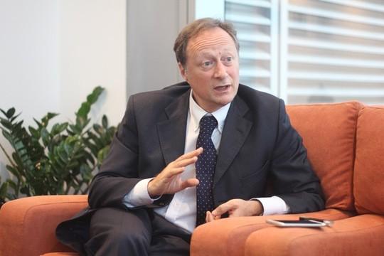 Đại sứ EU kể chuyện làm rể Việt Nam ảnh 3