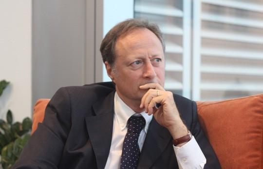 Đại sứ EU kể chuyện làm rể Việt Nam ảnh 1