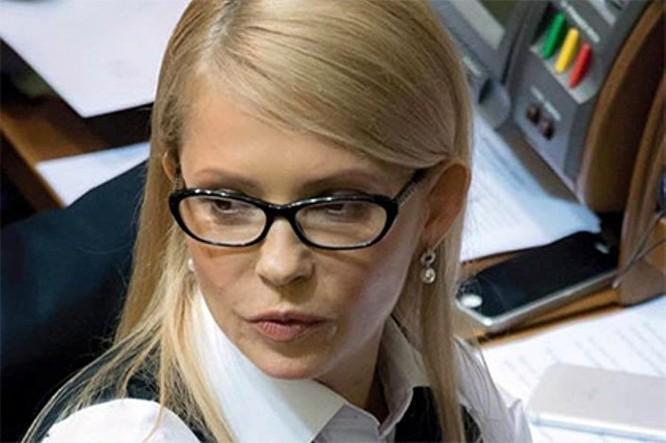 """""""Công chúa tóc bím"""" Tymoshenko gây choáng với hình ảnh không bím tóc ảnh 1"""