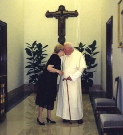 Những bức thư bí mật Giáo hoàng John Paul II gửi 1 người phụ nữ ảnh 5