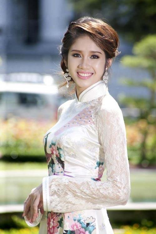 Bí thư Tỉnh đoàn Nguyễn Minh Triết làm đám hỏi với Á hậu Đồng Thanh Vy ảnh 7