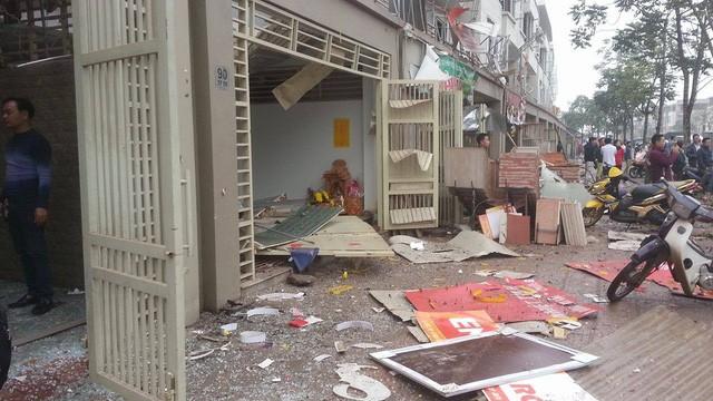 Video Nổ cực lớn tại Hà Đông, nhiều người chết ảnh 6